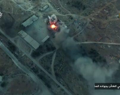 Rebeldes sirios avanzan en Alepo y expulsan al EI