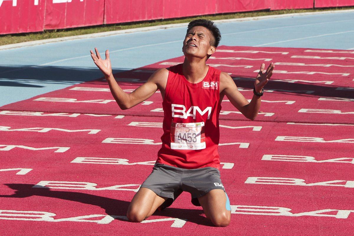 Julajuj también se impuso en la Carrera San Silvestre en diciembre pasado. (Foto Prensa Libre: Hemeroteca)