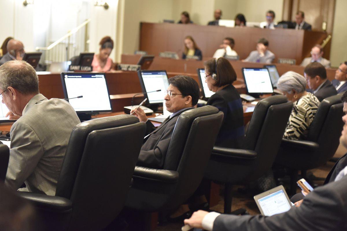 Guatemala se abstuvo a votar a favor de la creación de ese grupo de trabajo para Nicaragua. (Foto Prensa Libre: EFE/OEA)