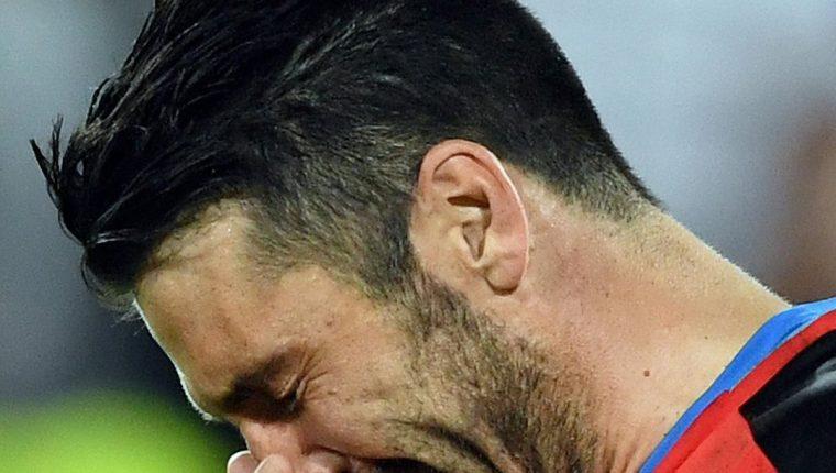 El guardameta Gianluigi Buffon es el alma de una Italia en restructuración. (Foto Prensa Libre: EFE)