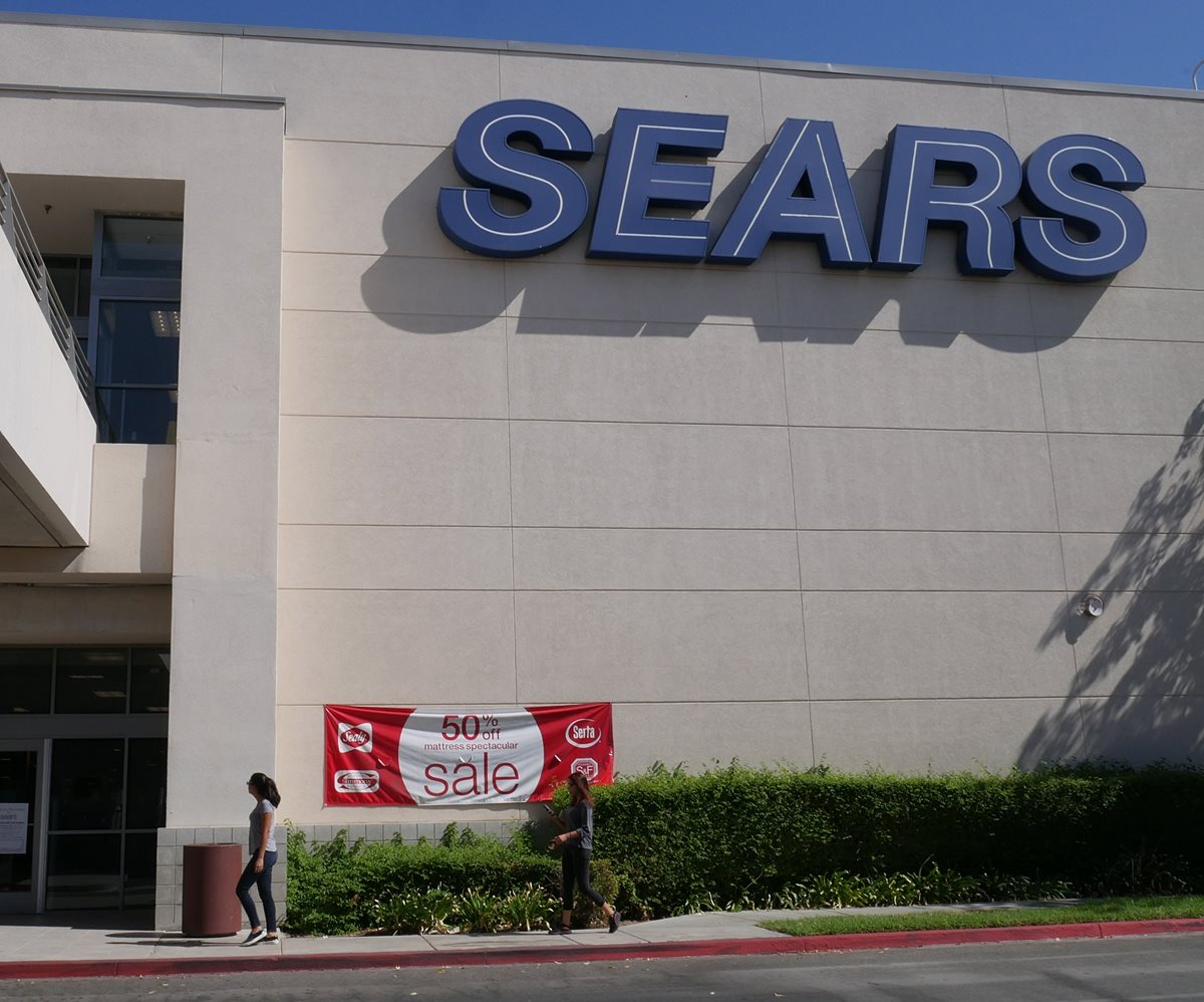 Tras conocerse la decisión, las acciones del grupo Sears en la Bolsa de Nueva York se dispararon más de un 32%. (Foto Prensa Libre: EFE)