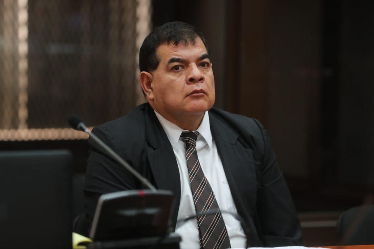 Ordenan que exfiscal Rony López tenga seguridad en la prisión