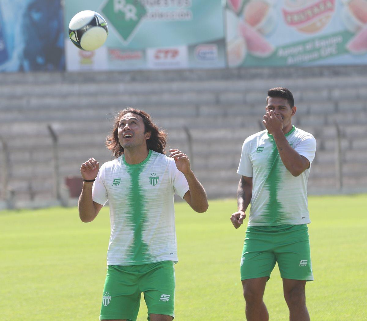 El goleador mexicano Agustín Herrera espera mantener su idilio con el gol en el trascendental duelo contra Comunicaciones, en la ronda de acceso a semifinales (Foto Prensa Libre: Edwin Fajardo)