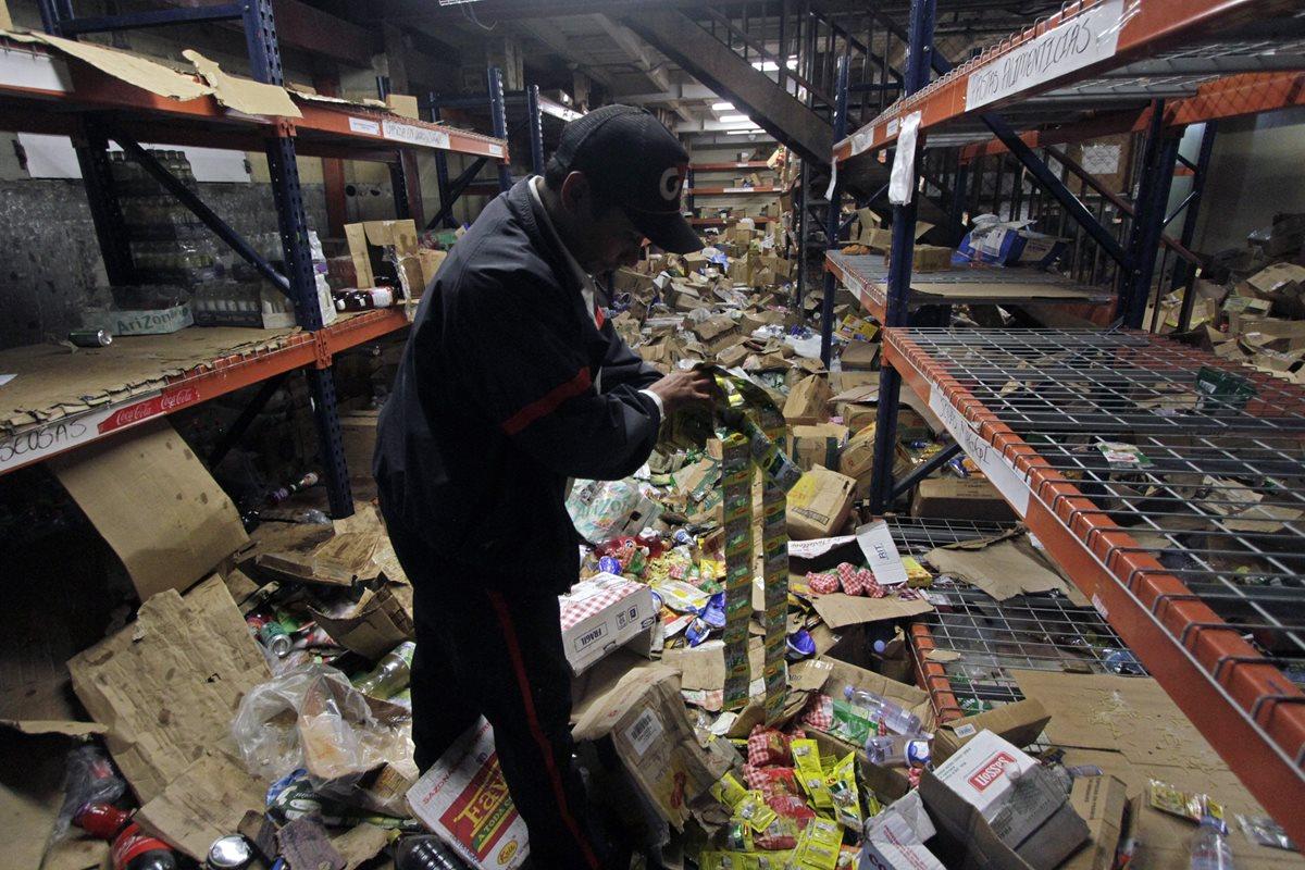 Nicaragüenses se organizan para evitar saqueo de comercios