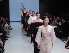 La moda de novias se mostró en la Mercedes-Benz Bridal Week (Foto Prensa Libre: Juan Diego González).