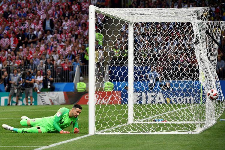 El primer gol del partido fue anotado por Kieran Trippier de Inglaterra.