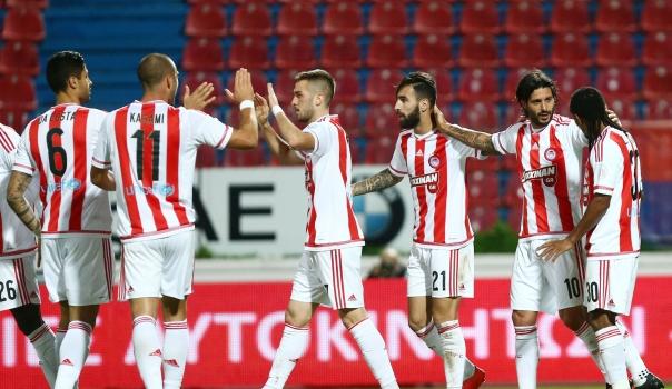 Olympiacos mantiene racha récord en la liga griega