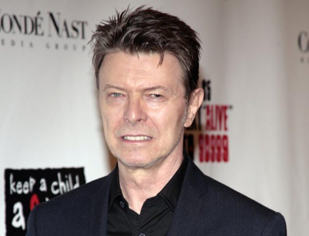 David Bowie realiza la producción de un musical sobre el personaje animado Bob Esponja. (Foto Prensa Libre: AP)