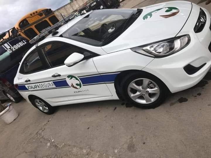 Uno de los dos autopatrullas que compró la municipalidad de Jalapa fue captado en el centro de la ciudad. (Foto Prensa Libre: Mario Morales)