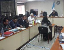 La exministra de Ambiente y Recursos Naturales del Partido Patriota, Michelle Martínez, durante su declaración. (Foto Prensa Libre: Estuardo Paredes)