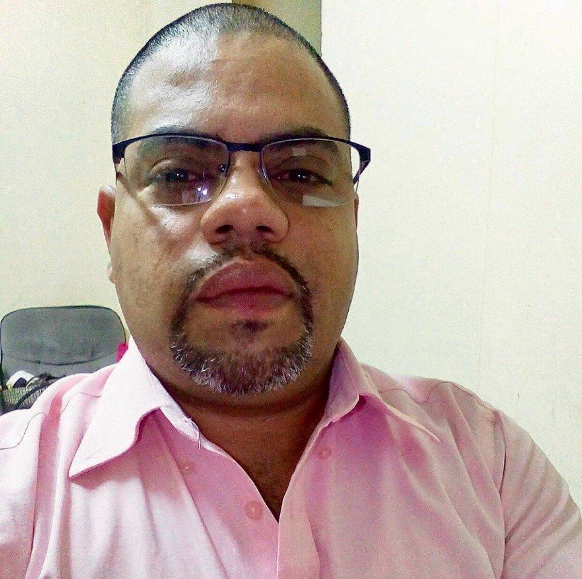 Foto del periodista Ángel Gahona quien murió baleado cuando transmitía en directo los disturbios en Bluefields, Nicaragua. (Foto Prensa Libre: redes sociales)