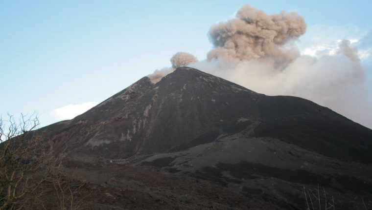 La última erupción violenta que registro el Volcán Pacaya fue en el 2010. (Foto Prensa Libre: Hemeroteca PL)