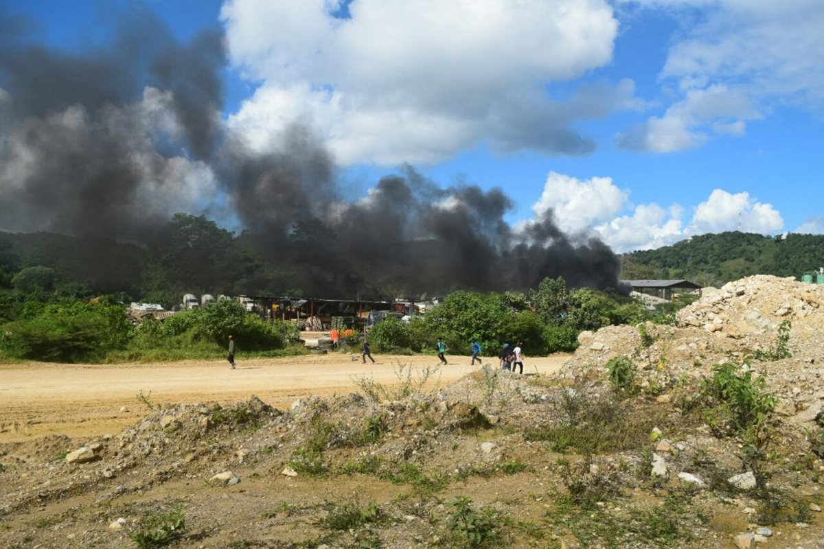Área donde se registran los disturbios en San Mateo Ixtatán, Huehuetenango. (Foto Prensa Libre: Santiago Botón).