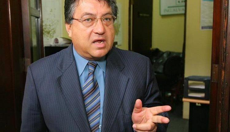 César Fajardo no podrá sumarse a ninguna agrupación política hasta el 2019. (Foto Prensa Libre: Hemeroteca PL)