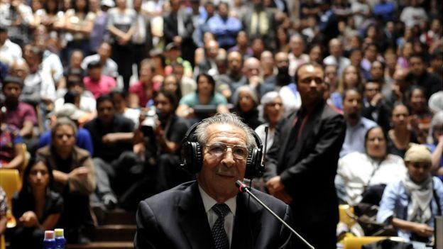 Aunque el juicio fue luego anulado por la Corte Suprema, Guatemala sigue siendo el único país del mundo que ha llevado a un exgobernante a juicio por genocidio. GETTY IMAGES