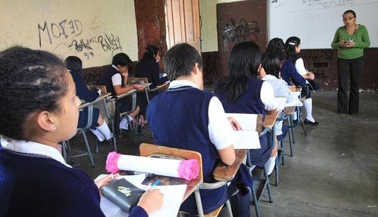 Los maestros podrán descansar durante la última semana de junio. (Foto Presa Libre: Hemeroteca PL)