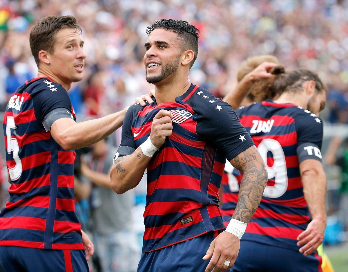 Dom Dwyer festeja luego del segundo gol de Estado U Unidos frente a Ghana. (Foto Prensa Libre: AFP)