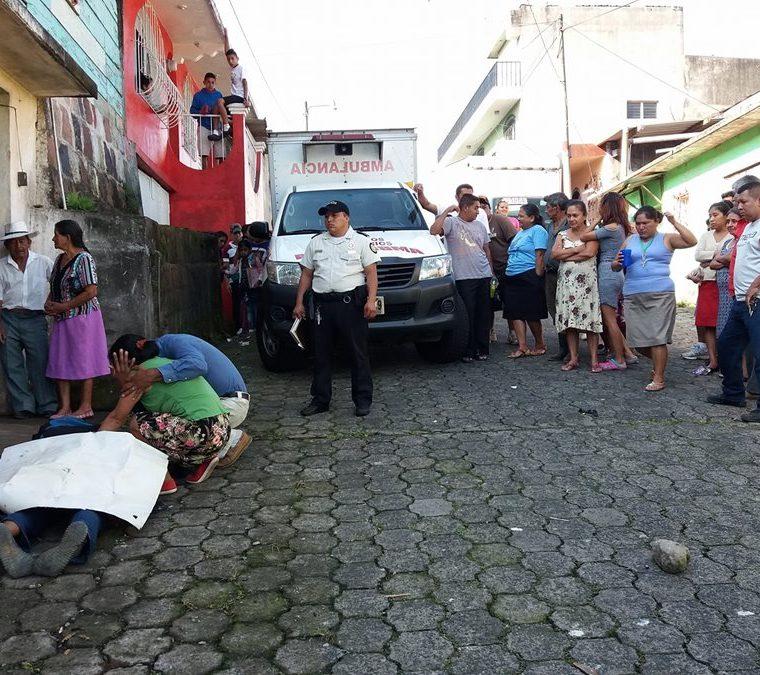 En Colomba ocurrió otro ataque armado en contra de un ayudante de albañil. (Foto Prensa Libre: Fred Rivera)