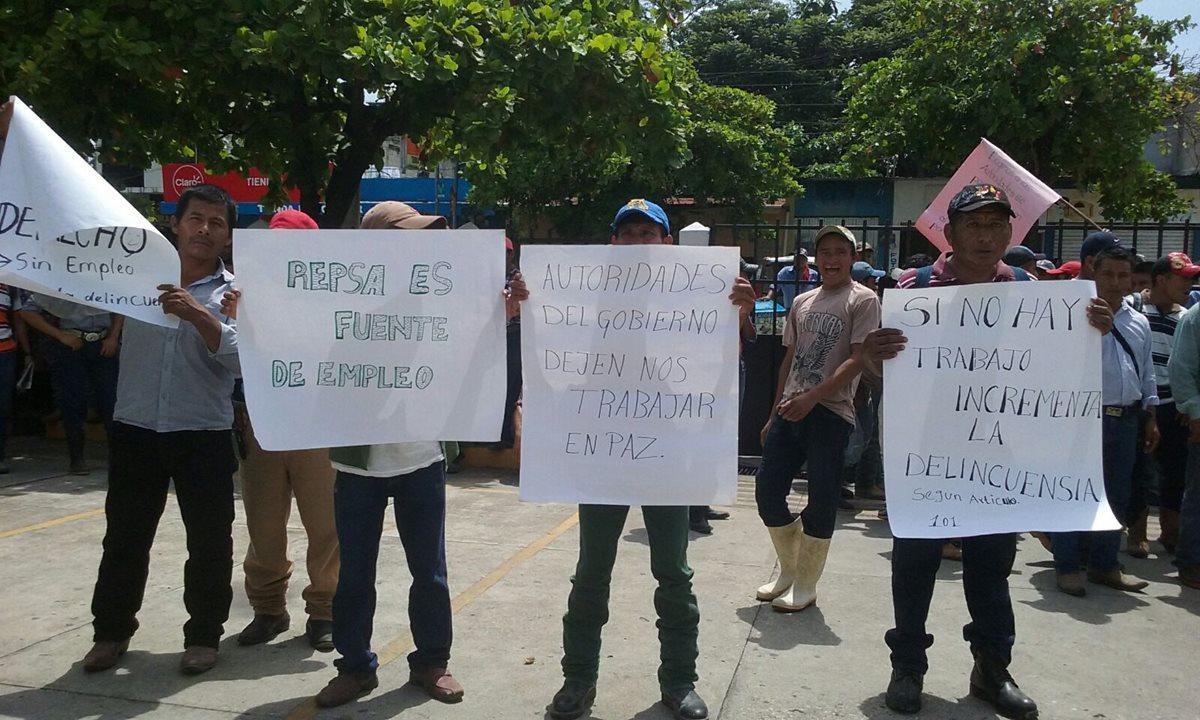Empleados de Repsa en San Benito manifiestan frente a juzgado en rechazo a cierre de la empresa
