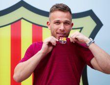 Arthur llega desde Brasil para unirse al Barcelona, equipo al que asegura ha admirado desde niño. (Foto Prensa Libre: EFE)