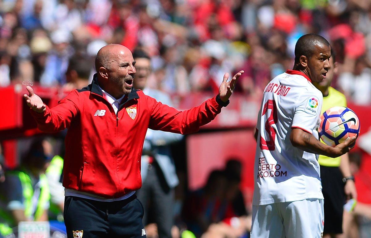 Sampaoli juega tres partidos en uno: Barcelona, Argentina y Sevilla
