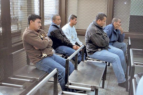 Abren juicio contra 24 integrantes de dos bandas criminales
