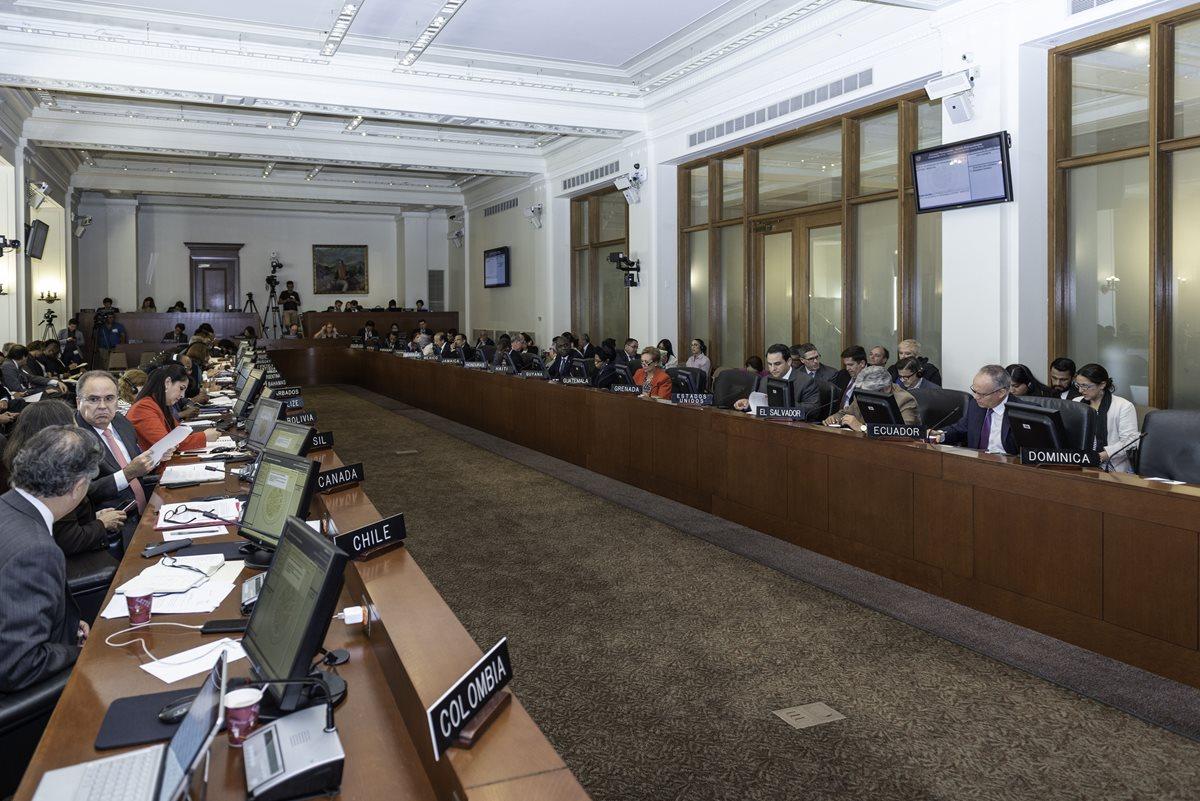 Embajadores ante la OEA sesionan respecto a la crisis en Nicaragua. (Foto Prensa Libre: EFE)