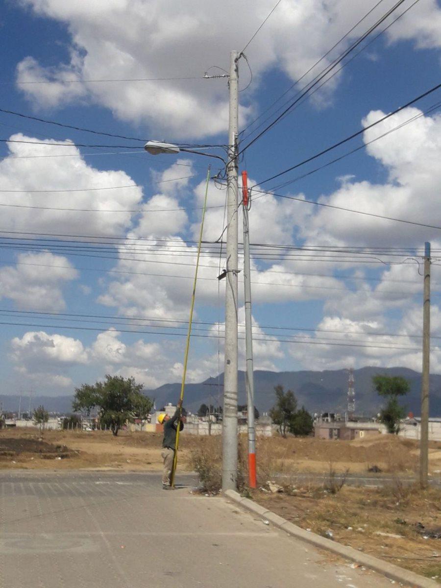 EEMQ compra 48 megavatios pero solo factura 15.(Prensa Libre: María José Longo)