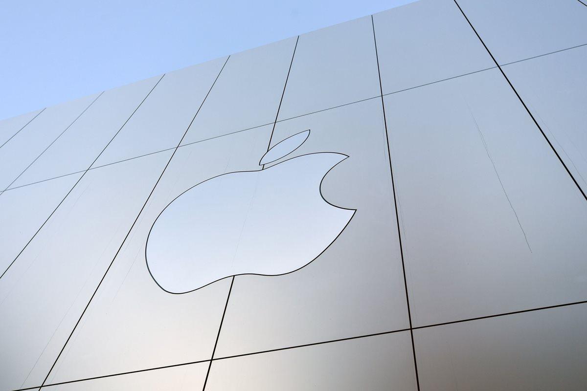 Apple adquirió el servicio Shazam, con la intención de potenciar la plataforma Apple Music (Foto Prensa Libre: AFP).