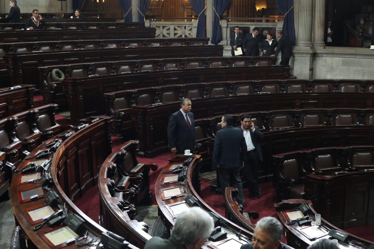 La sesión plenaria para este miércoles se suspendió por falta de quórum. (Foto Prensa Libre: Esbín García)
