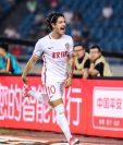 Alexandre Pato se ha convertido en el ídolo del Tianjin Quanjia. (Foto Prensa Libre: Twitter @AlexandrePato)