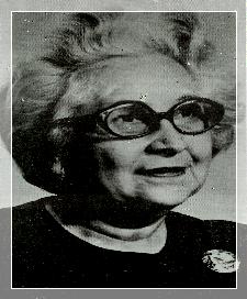 Josefina Alonso estuvo al frente del Colegio San Sebastián por más de cuatro décadas. Fue una de las primeras maestras en recibir la Orden Francisco Marroquín. (Foto Prensa Libre: internet)
