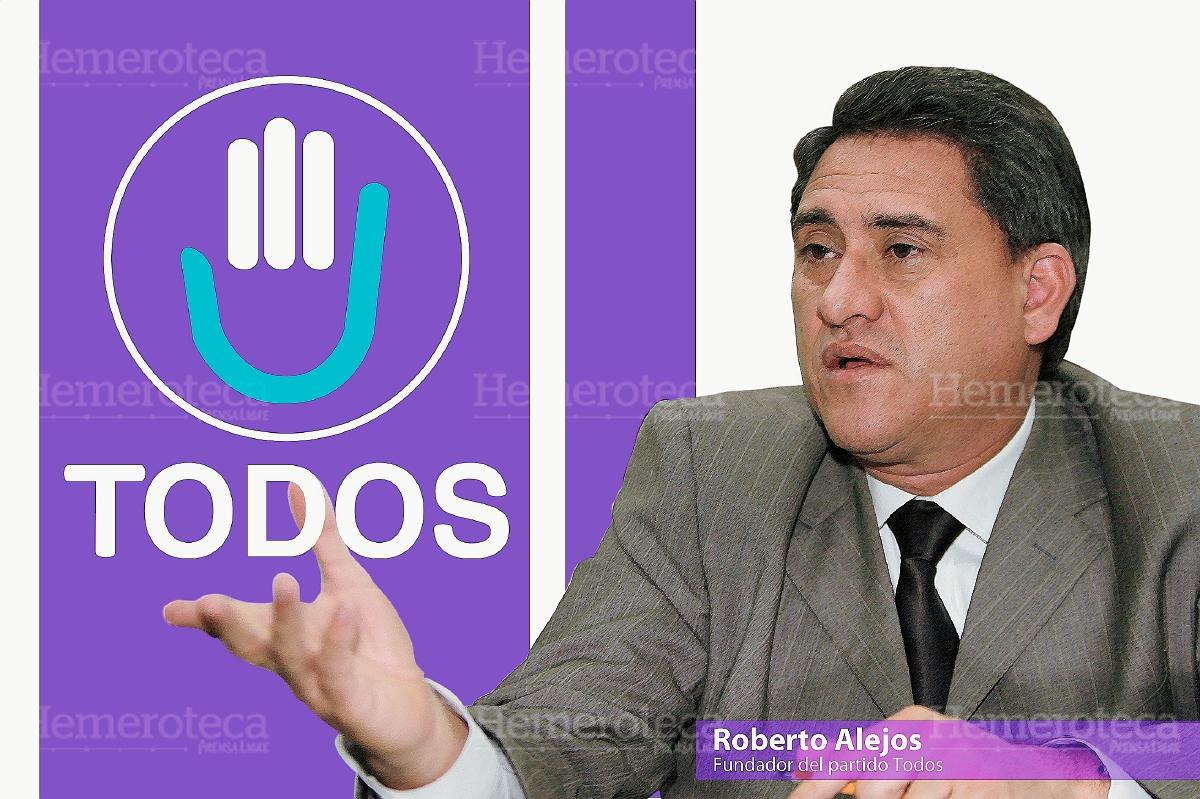 Roberto Alejos, centro, fundador del partido TODOS. (Foto: Hemeroteca PL)