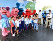 Luis Arreaga, embajador de Estados Unidos en Guatemala, fue invitado de honor de la actividad con sobrevivientes de la tragedia del Volcán de Fuego. (Foto Prensa Libre: Carlos Paredes)