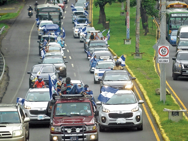El comercio se mantiene deprimido en Nicaragua, lo que está afectando a varias empresas que tienen inversiones en ese país, sobre todo en la distribución de productos de consumo masivo, construcción, agricultura y turismo. (Foto Prensa Libre: AFP)