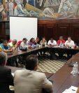 Los maestros negociaron en el Congreso para que se les otorgara un bono extraordinario. (Foto Prensa Libre: Hemeroteca PL)