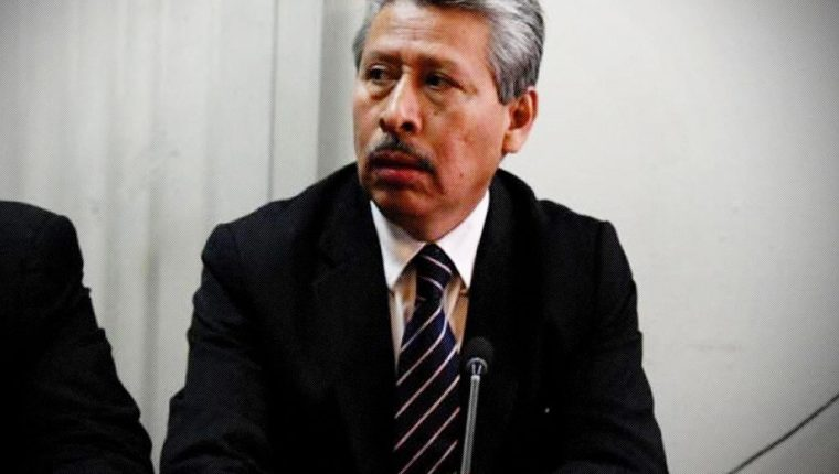 Exdiputado Jorge Arévalo, quien aceptó su responsabilidad en firmar documentos para justificar el origen de Q500 mil, producto de actos ilícitos. (Foto: Cicig)
