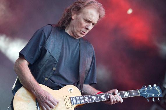 """""""Fast"""", Eddie Clarke, fue guitarrista de Motörhead desde 1976 hasta 1982. (Foto Prensa Libre: eternal-terror.com"""