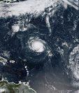 Imagen satelital de Huracán Florence, Tormenta Tropical Isaac y Tormenta Tropical Helene en el Océano Atlántico. (Foto Prensa Libre: AFP)