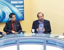 Los politólogos Jonathan Lemus y Édgar Pereira, durante el programa Decisión Libre, que se transmite por prensalibre.com, conversan con los periodistas Geovanni Contreras y Álex Rojas acerca del financiamiento de los partidos.