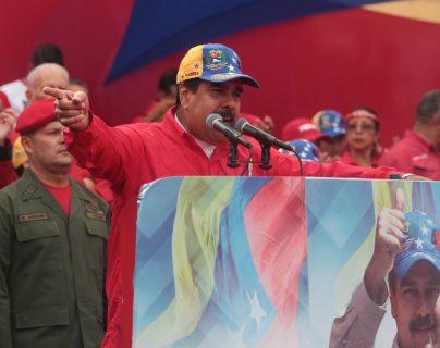 Nicolás Maduro, presidente de Venezuela, pidió a su canciller comenzar gestiones para retirarse de la OEA. (Foto Prensa Libre: AFP)
