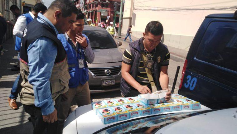 El operativo encubierto se efectuó en la 13 calle, entre 6a. y 7a. avenidas de la zona 1.(Foto Prensa Libre: Cortesía Diaco)
