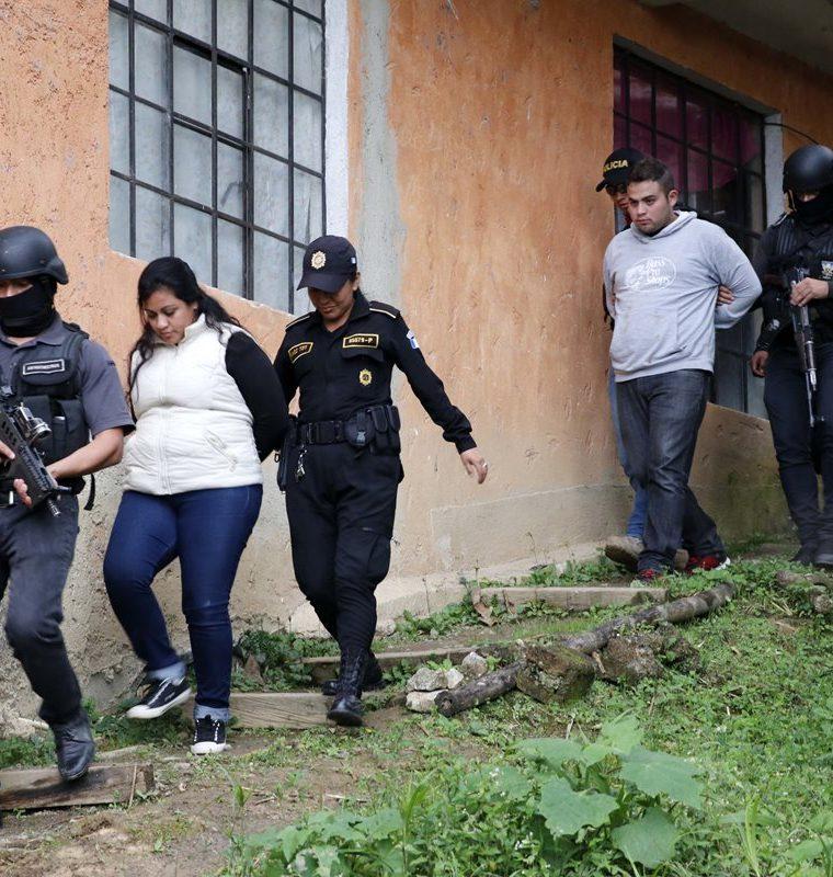 Los presuntos secuestradores fueron capturados en operativos que hizo el Comando Antisecuestros. (Foto Prensa Libre: Eduardo Sam)