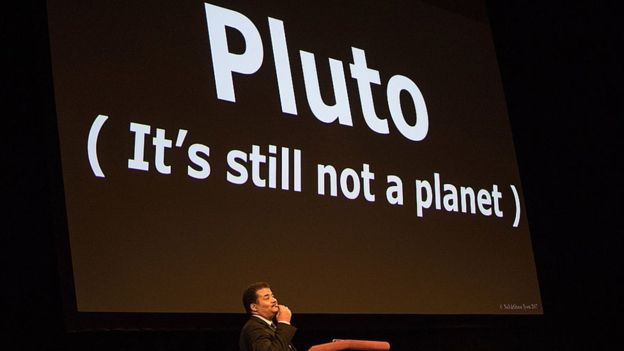 Tyson está entre quienes sostienen que Plutón no es un planeta.