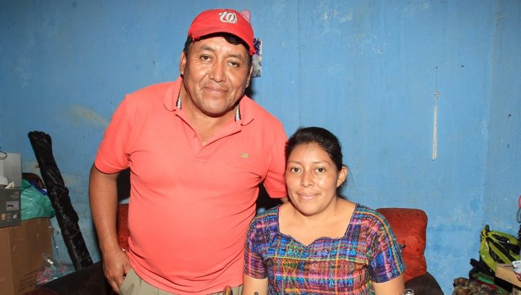 Ángel y Brenda Pu recuerdan aquel día con mucha nostalgia. (Foto Prensa Libre: Carlos Vicente)