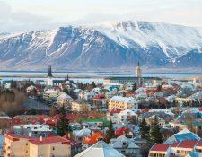 El balance combinado de los tres grandes bancos islandeses --Kaupthing, Landsbanki, Glitnir-- equivalía antes de la crisis a casi 10 veces el PIB de Islandia. (Foto Prensa Libre: Shutterstock)