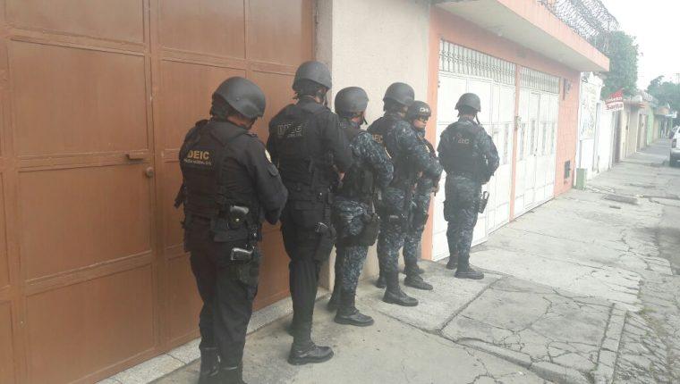 Uno de los inmuebles allanados por la Policía. Foto Prensa Libre: PNC