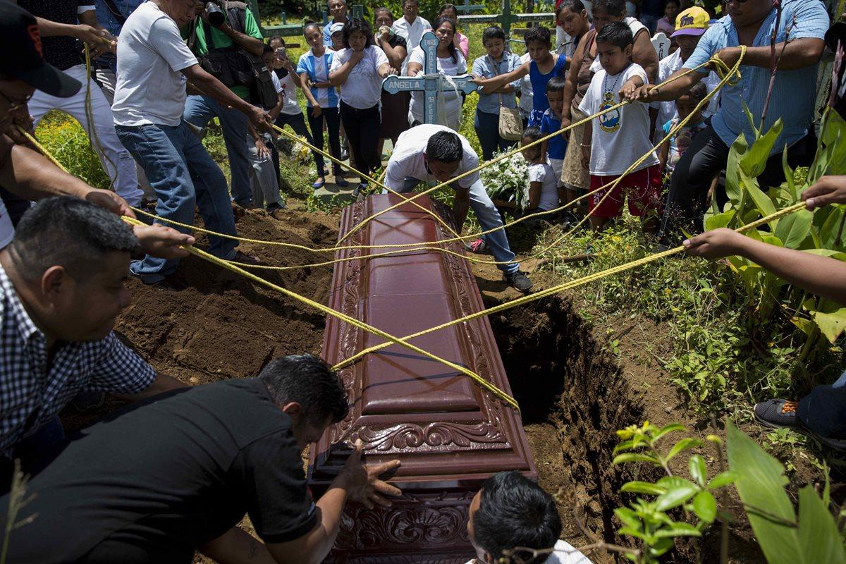 Senadores de EE. UU. culparon directamente a Daniel Ortega y a su esposa, Rosario Murillo, de los muertos en ese país. (Foto Prensa Libre: EFE)