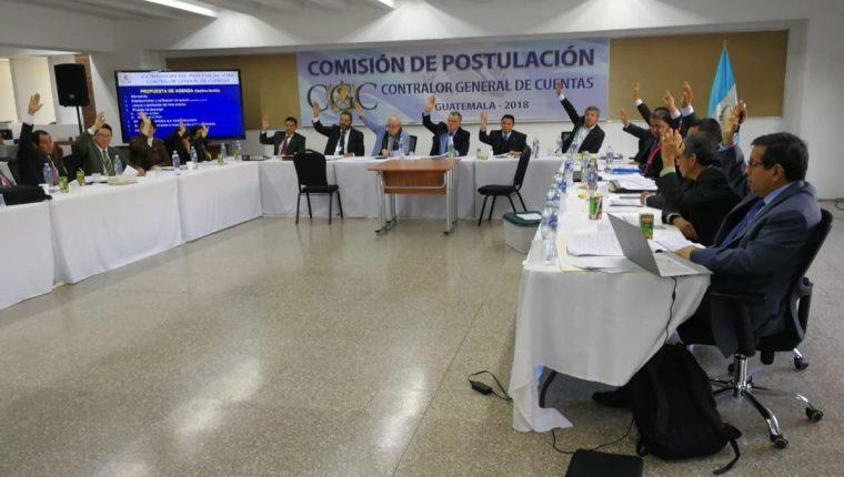 La Comisión de Postulación para contralor general de Cuentas tiene 48 horas para responder sobre el amparo presentado por Elvyn Díaz. (Foto Prensa Libre: Kenneth Monzón)