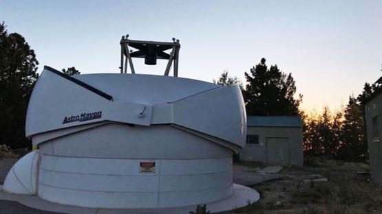 El descubrimiento fue realizado utilizando el telescopio DEFT, que está ubicado en la cima del monte Lemmon en el sur de Arizona (Foto Prensa Libre: UNIVERSITY OF FLORIDA).
